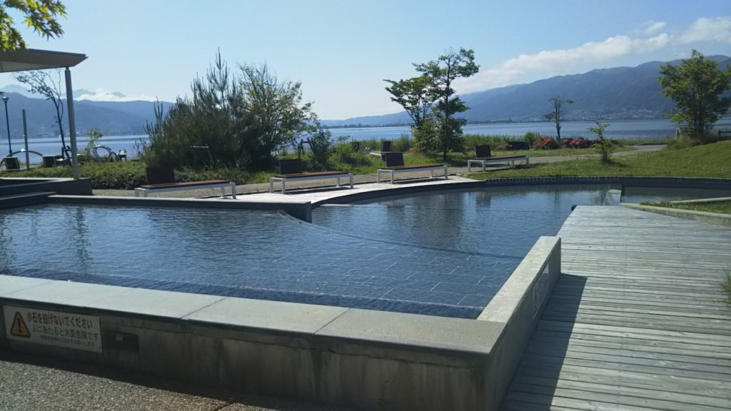 諏訪湖ハイツプール