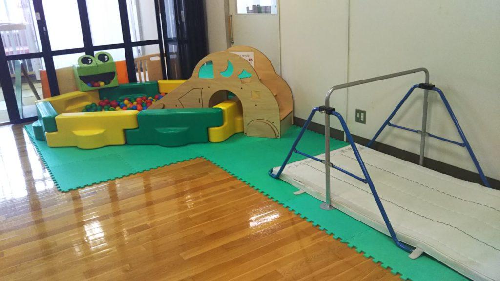 諏訪市児童センター